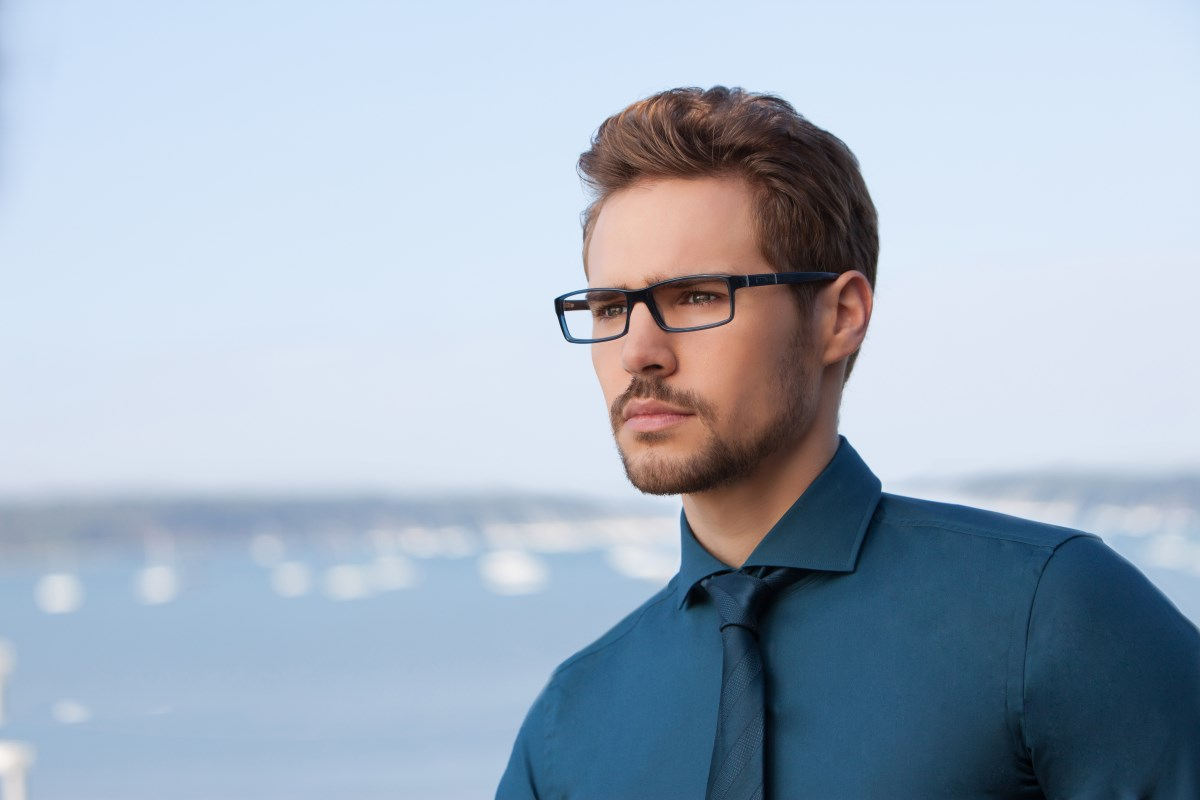 Jensen model JN8009 highlights the fashion for all things blue
