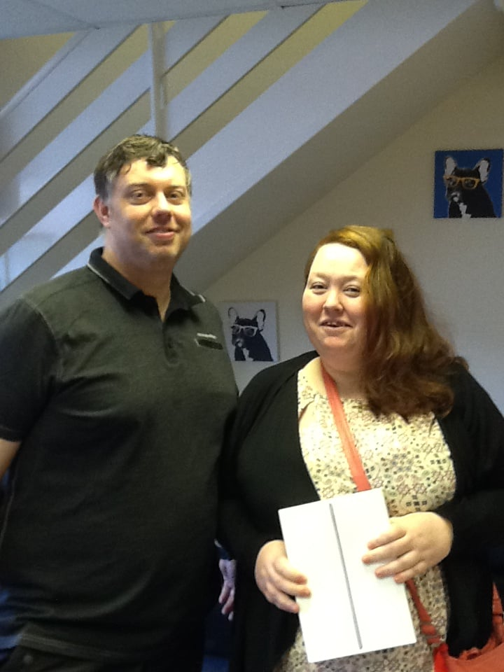 Lauren Pilkington collected her iPad from Blenkinsop Opticians - Garforth